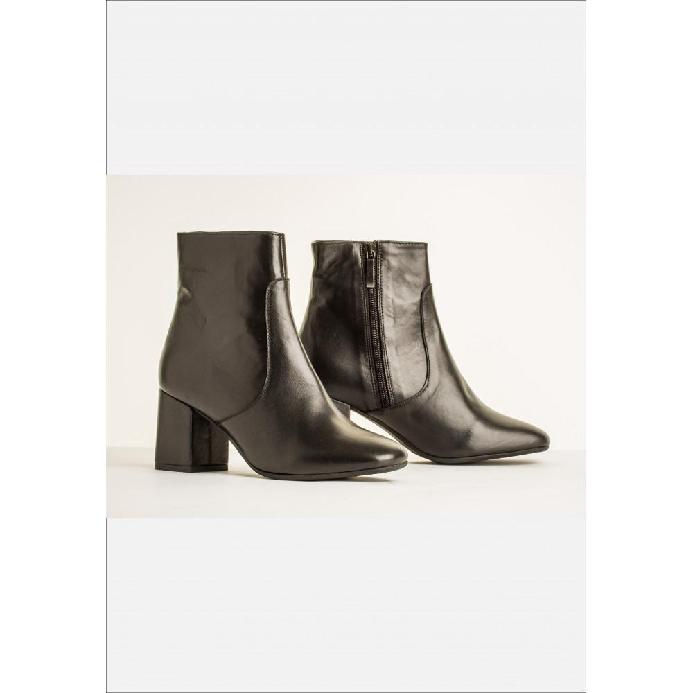 Bukela sort støvle