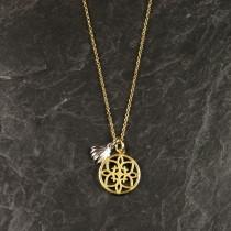 Pure By Nat kort kæde med guldbelagt vedhæng