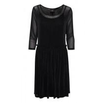 ICHI sort let og enkel kjole